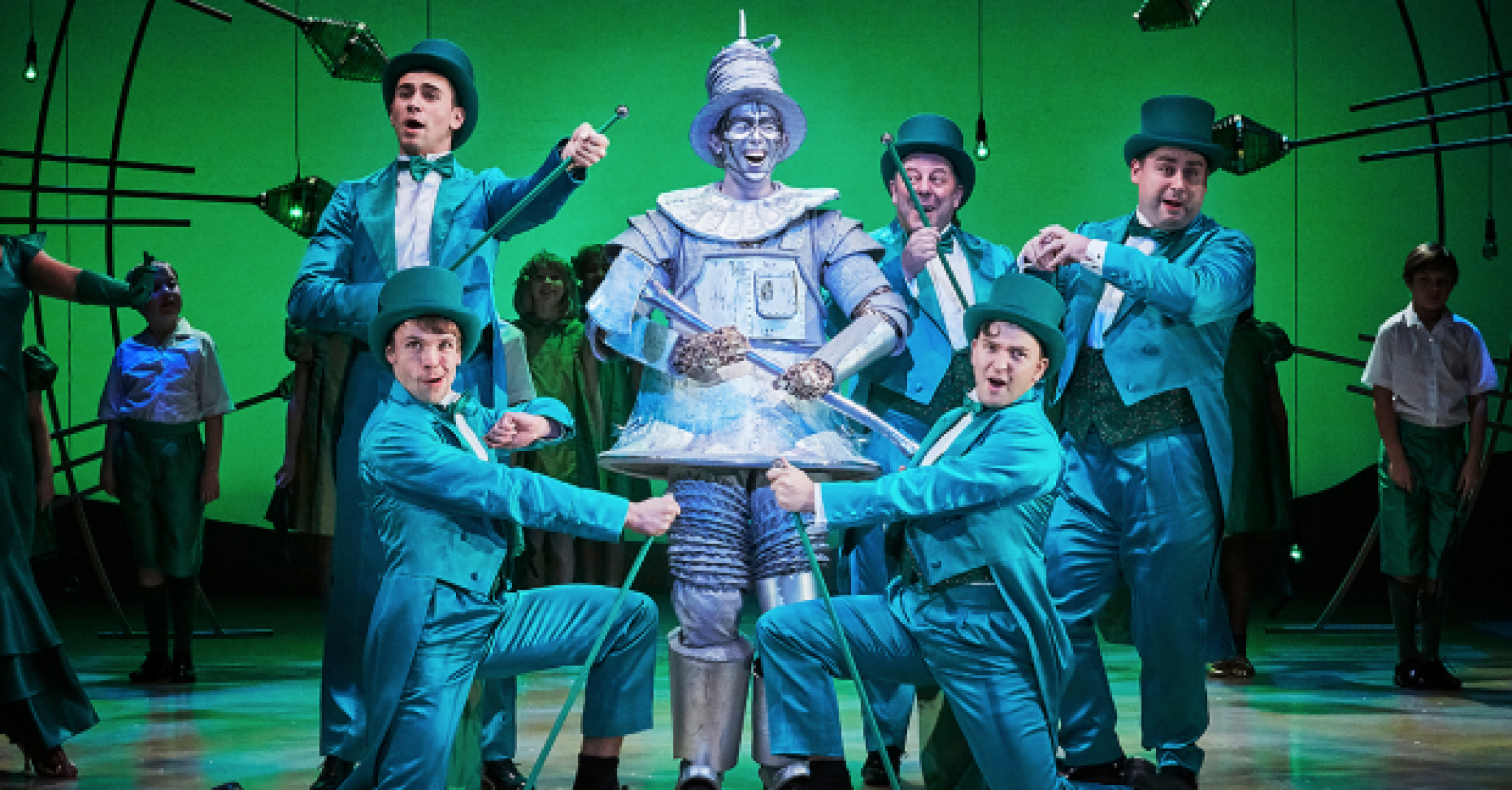 Blue Water High Cast review: the wizard of oz (leeds playhouse) | whatsonstage