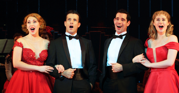 White Christmas Musical.Review White Christmas Curve Leicester Whatsonstage